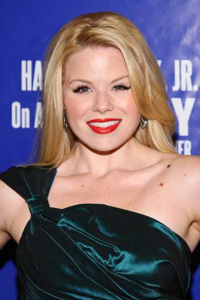 Megan Hilty Red Lipstick