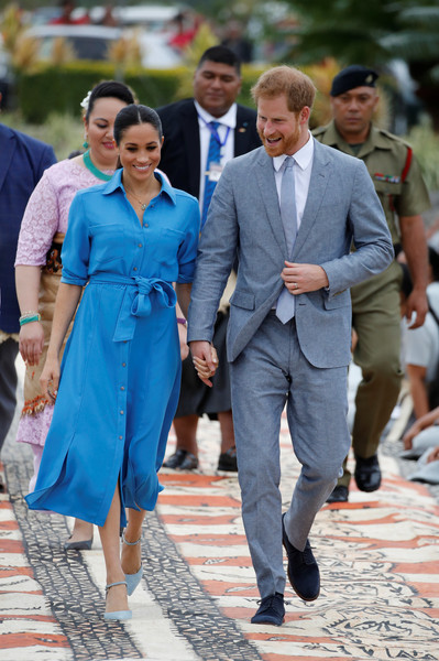 Meghan Markle Shirtdress [suit,fashion,formal wear,girl,harry,eugenie,meghan markle,angelika,tonga,duke and duchess of sussex,duchess,sussex,duke of sussex,visit,meghan duchess of sussex,prince harry,catherine duchess of cambridge,charles prince of wales,wedding of prince harry and meghan markle,princess eugenie,wedding of princess eugenie and jack brooksbank,2018,invictus games,british royal family]