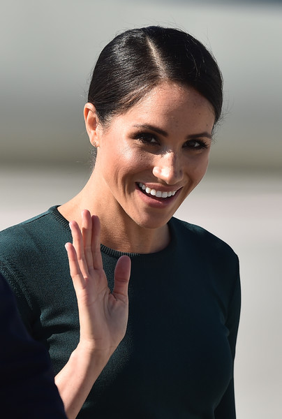 Meghan Markle Classic Bun [hair,face,facial expression,skin,eyebrow,beauty,hairstyle,chin,head,lip,meghan,harry,ireland,duke and duchess of sussex,dublin city,airport,duke of sussex,visit,trip,visit]