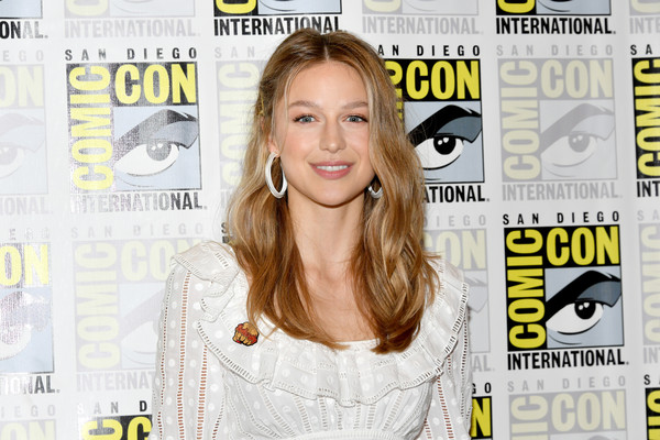 Melissa Benoist Long Wavy Cut [magazine,publication,blond,media,eyewear,long hair,smile,style,hair coloring,melissa benoist,line,supergirl press,supergirl press line,san diego,california,hilton bayfront,comic-con international,comic-con international 2018]