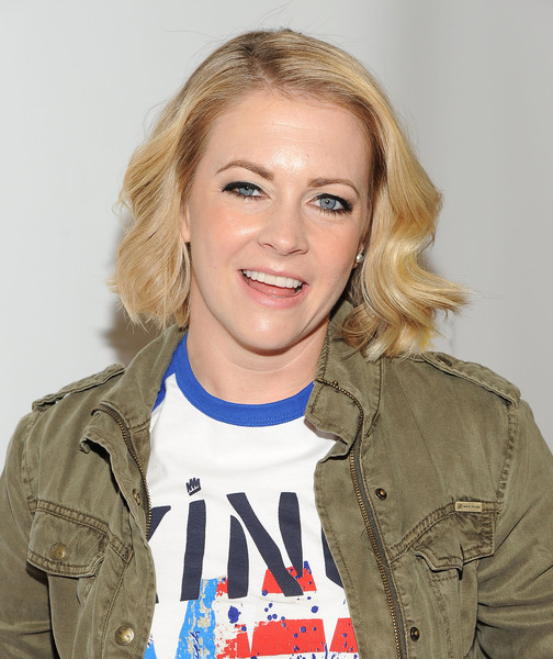 Melissa Joan Hart Short Wavy Cut
