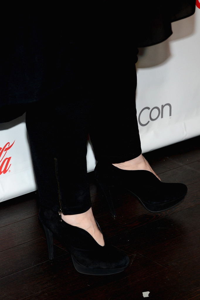 melissa mccarthy ankle boots shoes lookbook stylebistro