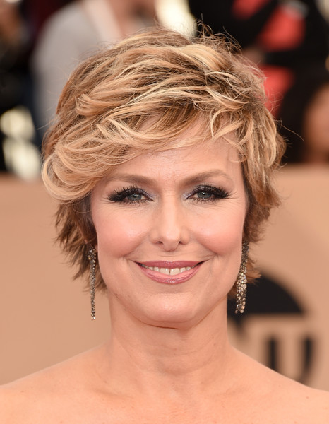 Melora Hardin Layered Razor Cut [hair,face,hairstyle,eyebrow,chin,blond,beauty,skin,lip,forehead,arrivals,melora hardin,screen actors guild awards,los angeles,california,the shrine auditorium]