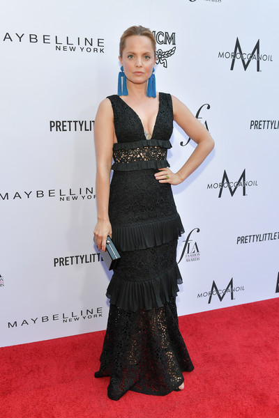 Mena Suvari Lace Dress [red carpet,dress,clothing,carpet,hairstyle,fashion,premiere,shoulder,flooring,gown,mena suvari,beverly hills hotel,california,red carpet,the daily front row,daily front row hosts 4th annual fashion los angeles awards]