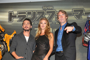 "Michael Bay Rosie Huntington-Whiteley ""Transformers: Dark of the Moon"" Osaka Press Conference"