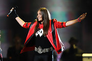 Paris Jackson's bejeweled belt was a glam addition to her edgy ensemble at the Michael Forever Tribute Concert.