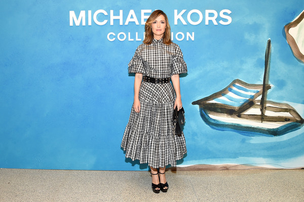 More Pics of Rose Byrne Full Skirt (1 of 13) - Dresses & Skirts Lookbook - StyleBistro [michael kors collection spring 2019 runway show,clothing,blue,pattern,fashion,dress,design,footwear,fashion model,photography,rose byrne,front row,new york city,pier 17]