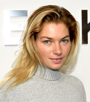 Jessica Hart kept it laid-back with this tousled layered 'do at the Michael Kors fashion show.
