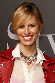 Karolina Kurkova wore her hair in a causal bobby-pinned updo with sexy side-swept bangs at Michasky StyleNite in Berlin.