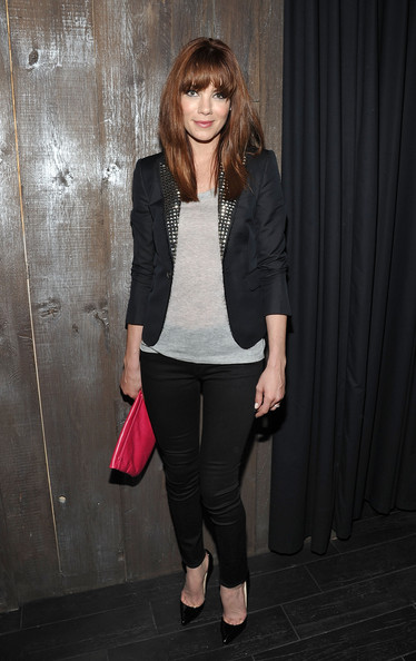 Michelle Monaghan Leather Clutch [clothing,blazer,outerwear,pink,fashion,jeans,snapshot,street fashion,footwear,jacket,michelle monaghan,dior homme,screening,dream downtown,new york city,cinema society with dior homme,party,gq,party,gq host a screening of ``restless]