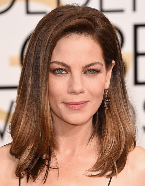 Michelle Monaghan Dangling Gemstone Earrings [hair,face,hairstyle,eyebrow,brown hair,chin,hair coloring,layered hair,long hair,shoulder,arrivals,michelle monaghan,beverly hills,california,the beverly hilton hotel,annual golden globe awards]