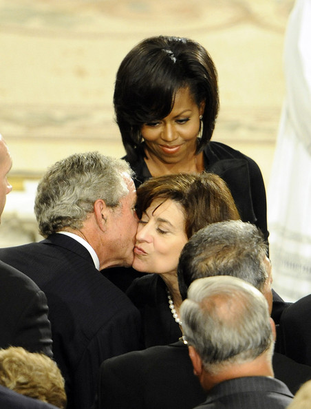 Dignitaries, President, Family Attend Funeral Mass For Ted Kennedy
