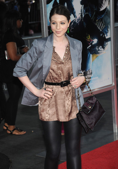 Michelle Trachtenberg Chain Strap Bag