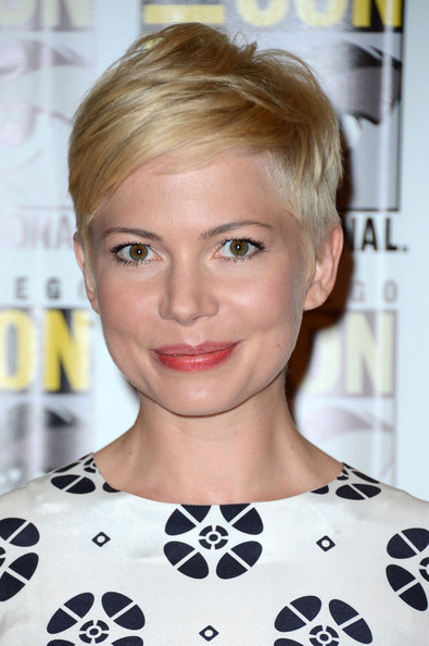 Michelle Williams Pixie [frankenweenie,wreck it ralph,oz press line - comic-con international,hair,face,blond,hairstyle,eyebrow,lip,beauty,chin,shoulder,forehead,michelle williams,oz,hilton san diego bayfront hotel,san diego,california,walt disney studios,comic-con international 2012]
