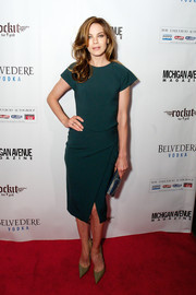 Michelle Monaghan kept it simple in a short-sleeve green dress when she attended the Michigan Avenue Magazine winter issue party.