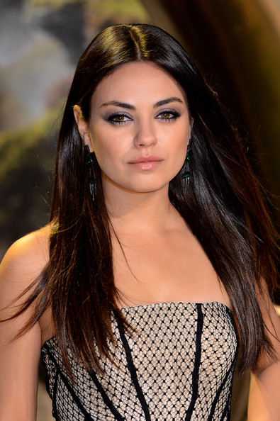 Mila Kunis Long Straight Cut [oz: the great and powerful,oz: the great and powerful - european,hair,beauty,fashion model,human hair color,model,lady,girl,hairstyle,black hair,long hair,mila kunis,uk,england,london,empire leicester square,red carpet arrivals,premiere]
