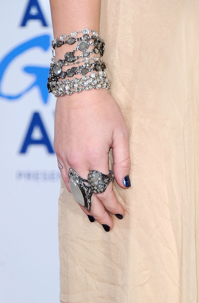 Miley Cyrus Statement Ring []