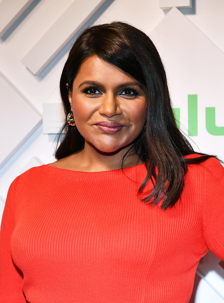 Mindy Kaling Long Side Part [hair,face,hairstyle,eyebrow,red,beauty,lip,black hair,shoulder,fashion,mindy kaling,hulu,upfront,new york city,scarpetta]