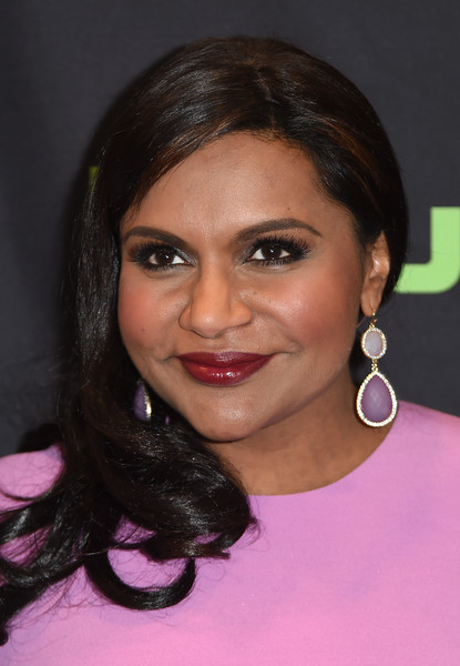 Mindy Kaling Red Lipstick [the mindy project,red carpet,the mindy project: inside the writers room,hair,face,eyebrow,hairstyle,forehead,lip,cheek,chin,beauty,black hair,mindy kaling,paleyfest 2016,paley center for media,beverly hills,california,paley center for media,paleyfest fall tv previews special event]