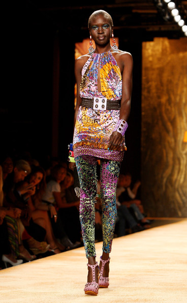 More Pics of Alek Wek Dangling Gemstone Earrings (1 of 22) - Alek Wek Lookbook - StyleBistro
