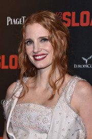 Jessica Chastain looked gorgeous with her loose, wavy ponytail at the Paris premiere of 'Miss Sloane.'