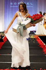 Miss Universe Australia wore her hair in a flowing layered cut - perfect for a jeweled tiara crown!