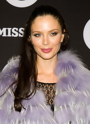 Georgina Chapman arrived at the Missoni for Target collection launch with a pretty pink pout. The look can be recreated with a lip stain that provides color without shine, making the effect super natural. We recommend Covergirl lip stain.
