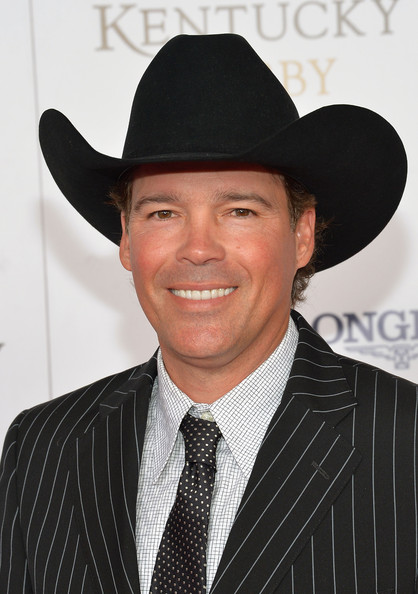 Clay Walker complemented his dapper suit with a black cowboy hat at the Kentucky Derby Moet & Chandon toast.