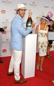 Luke Bryan matched a pastel blue blazer with white pants for the Kentucky Derby Moet & Chandon toast.