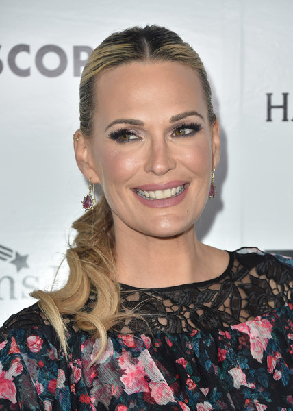 Molly Sims Ponytail [hair,face,hairstyle,eyebrow,blond,beauty,lip,chin,smile,brown hair,molly sims,kaleidoscope 5,ucla mattel childrens hospital,culver city,california,3labs,arrivals]