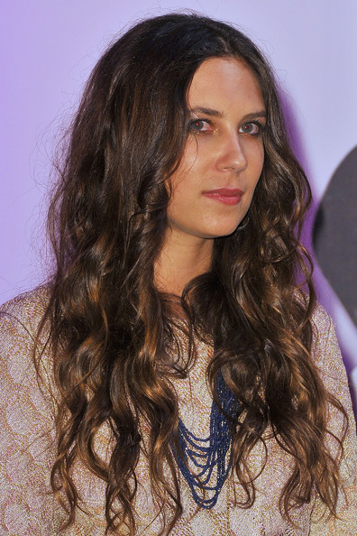 Tatiana Santo Domingo's long curls added volume to her hair.