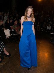 Jaime King was a head turner at the Monse fashion show in a strapless, wide-leg cobalt jumpsuit from the brand.