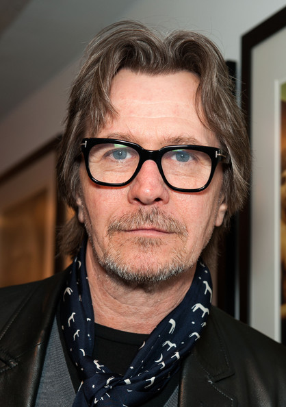 More Pics Of Gary Oldman Patterned Scarf 3 Of 4 border=