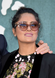 Salma Hayek sported a messy bun at the UK premiere of 'Mother!'