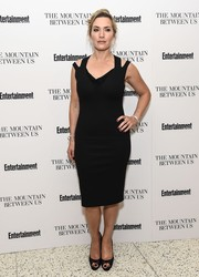 Kate Winslet complemented her dress with sheer black peep-toes.