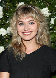 Imogen Poots accentuated her eyes with smoky makeup.