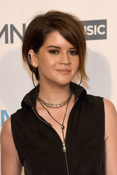 Maren Morris teamed her chokers with a beaded lariat necklace.