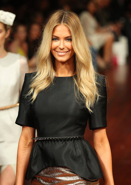 More Pics of Jennifer Hawkins Long Center Part (1 of 23) - Long Center Part Lookbook - StyleBistro