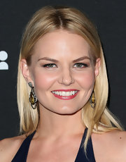 Jennifer Morrison chose a center-parted sleek and straight look to show off her blonde tresses.
