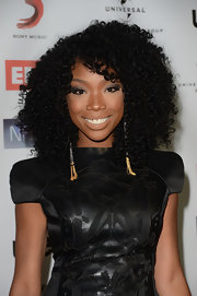 Brandy looked lovely at the NARM Music Biz Awards with her hair in voluminous spiral curls.