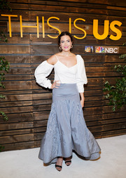 Mandy Moore was a boho cutie in a white cold-shoulder top with blouson sleeves at the 'This is Us' Pancakes with the Pearsons event.
