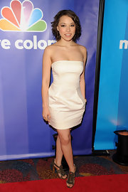 Jessica Parker Kennedy wore a pair of metallic gold sandals at NBC Universal's 2010 Upfront event.