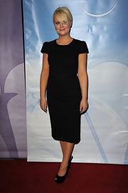 Amy went for a minimalist look on the red carpet in black platform slingbacks.