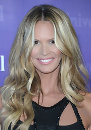 Elle MacPherson wore her gorgeous golden mane full of big bouncy curls at the NBC Universal 2012 Winter TCA Press Tour.