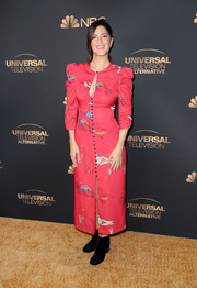 D'Arcy Carden donned a red Rachel Antonoff print dress with a keyhole neckline for the NBC and Universal Emmy nominee celebration.