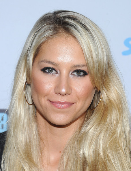 More Pics of Anna Kournikova Smoky Eyes (1 of 8) - Anna Kournikova Lookbook - StyleBistro