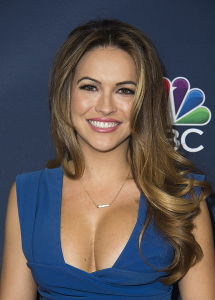 More Pics of Chrishell Stause Diamond Pendant (1 of 3) - Chrishell Stause Lookbook - StyleBistro [tv season,hair,face,hairstyle,blond,eyebrow,beauty,layered hair,brown hair,long hair,chin,chrishell stause,tv season - arrivals,valerie macon,vanity fair toast,california,hollywood,nbc,afp]