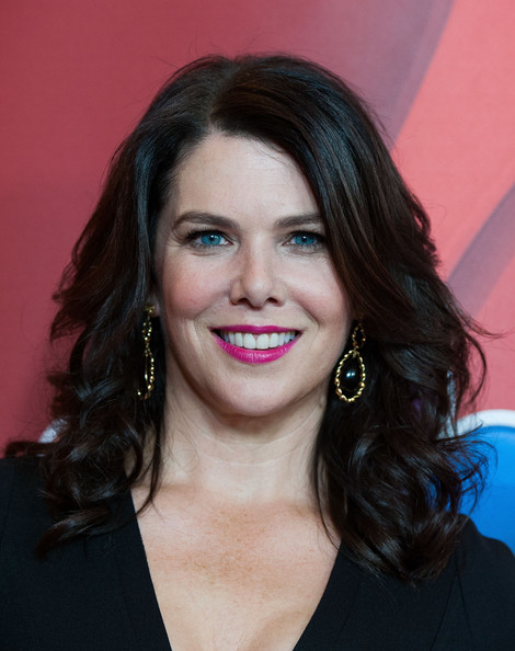 Lauren Graham's Voluminous Layers