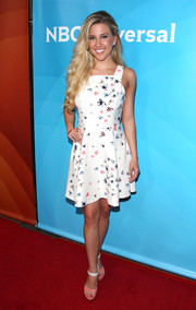 Savannah Chrisley looked cute and sweet in a sleeveless print dress at the 2014 NBCUniversal Summer TCA Tour.