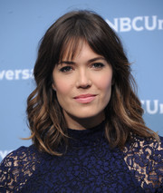 Mandy Moore looked pretty with her shoulder-length waves and parted bangs at the NBCUniversal Upfront.